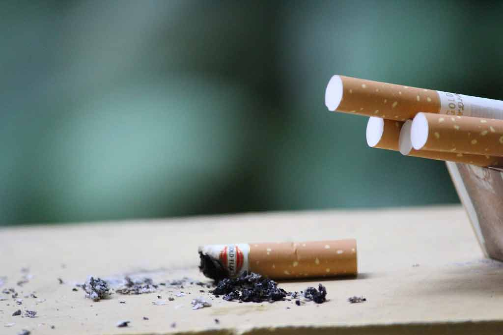 Just one cigarette a day increases heart disease and stroke risk