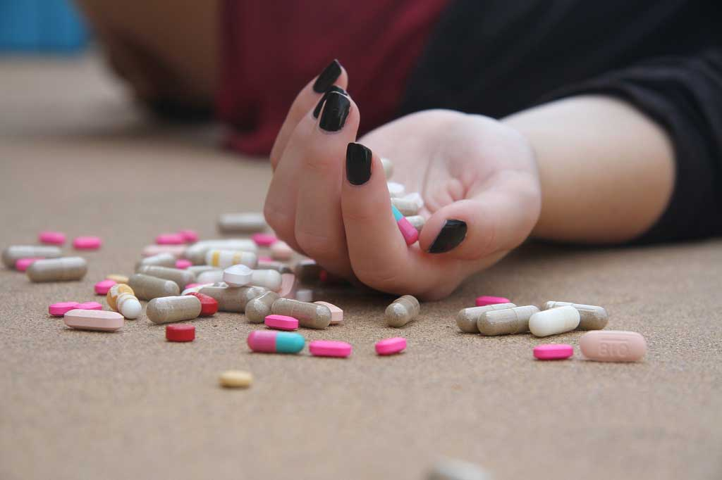 'Sharp rise in young people overdosing on painkillers and antidepressants' The Guardian reports
