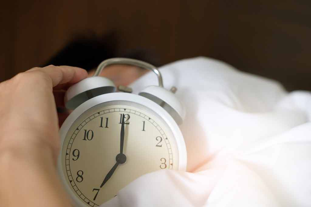 Does lack of sleep make you susceptible to common cold?