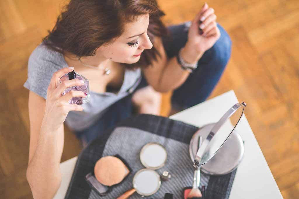 Chemicals in cosmetics and perfumes linked to earlier puberty in girls