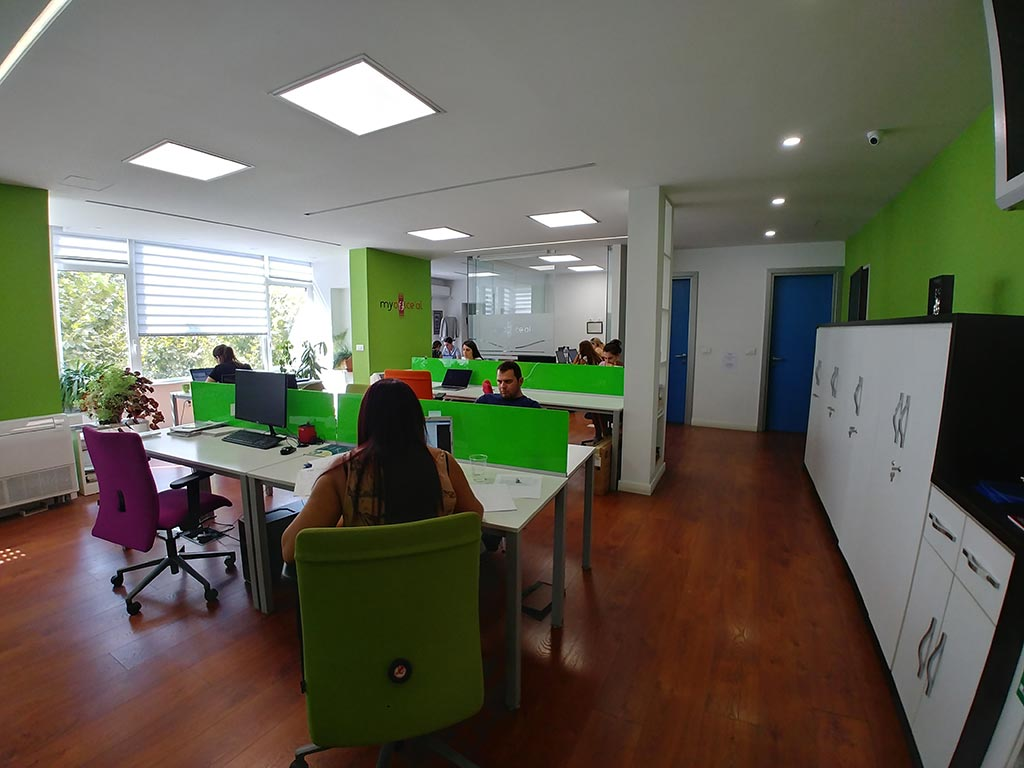 'Staff in open plan offices are fitter and less stressed' The Guardian reports
