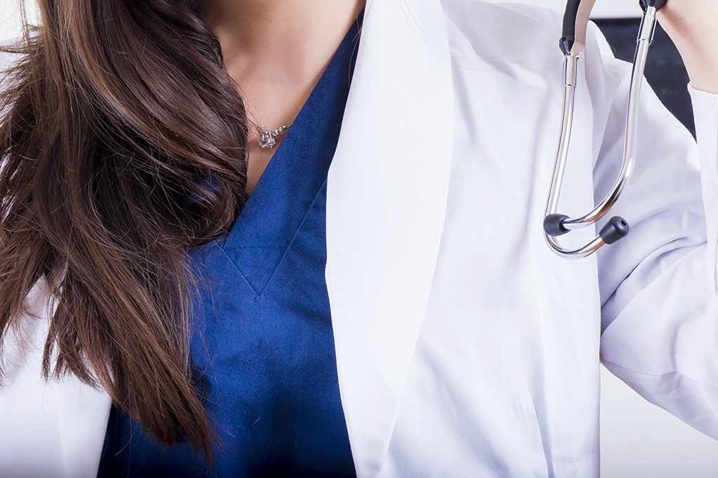 Reports that 'women doctors should treat women with heart attacks' unsupported